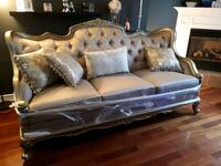 Queen Anne Vintage Sofa Thorold