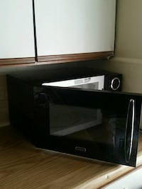 black and gray microwave oven Los Angeles, 90006