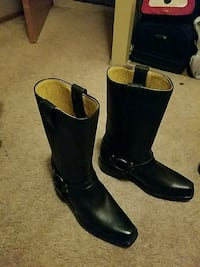 shoes boot new sice 7  2230 mi