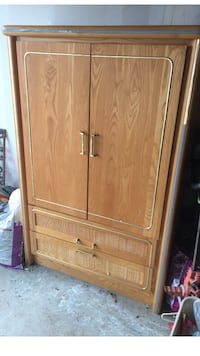 Dresser and armoire . Markham, L3T 6K6