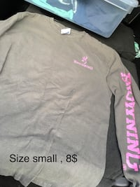 gray and pink crew-neck shirt Spring Hope, 27882