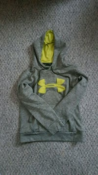 Under Armour Sweater  Barrie