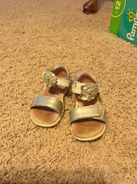 Toddler size 7 Sandals Mansfield, 76063