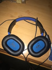Black and blue turtle beach corded headset Vancouver, 98682