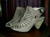 Vince Camuto Suede Ankle Booties 2288 mi