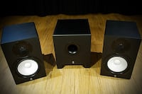 HS8 pair with HS8S Sub and Focusrite 2i2 2nd gen and isolation stands New York, 11377