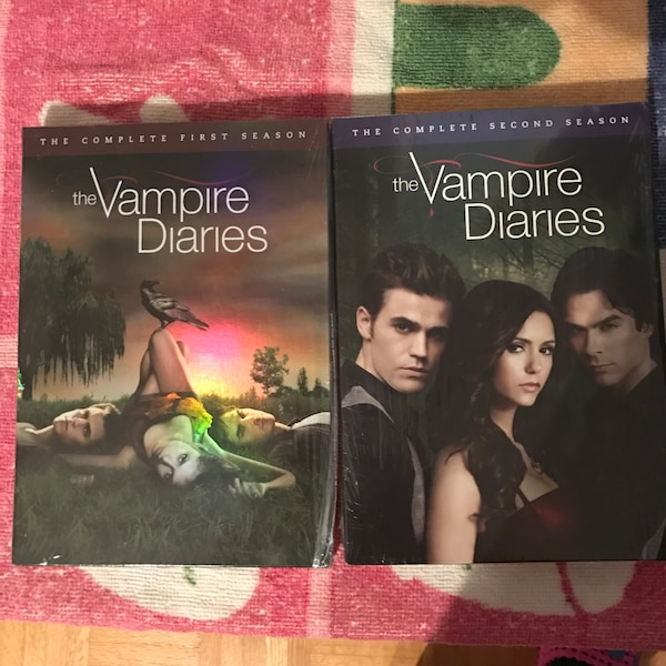 The Vampire dairies season 1 2d742a90-753f-4a4b-8e0a-22fd1d7caa1f