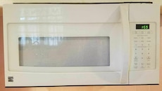 Kenmore Microwave (barely used)