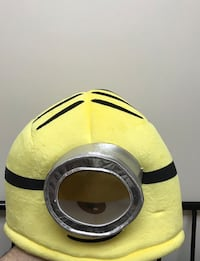 New giant minions mask  Taylor, 48180