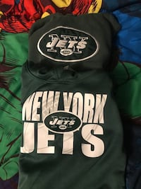 Boys Jets sweatshirts size small Toms River, 08755
