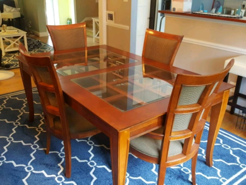 Dining Room Set and China Cabinet 9c721bf6-3c9b-443f-b66d-62c718ce23fa