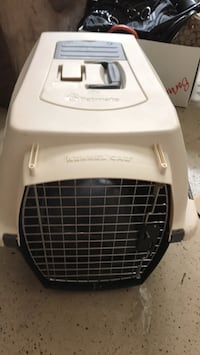 Petmate pet carrier Alexandria, 22301