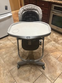 Chico Baby High chair  Foldable for easy storage super clean hardly used!! Storage on bottom! Sanger, 93657