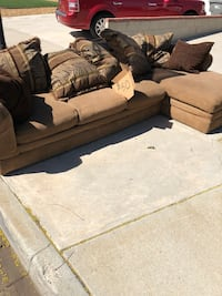 *CURB ALERT* Chase Lounge couch Corona, 92879