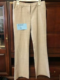 WOMEN'S DRESS PANTS. SIZE 6.  Springfield