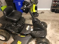 "Murray 30"" riding mower 86 mi"