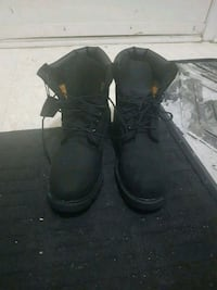 All black timberland mens  Scarborough, M1S