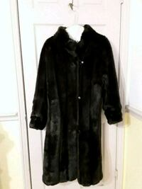 black and brown fur coat Watauga, 76148