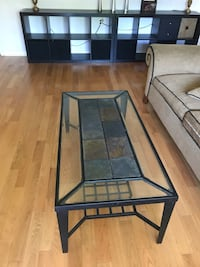 Metal frame with glass coffee table  多伦多, M1S 5M8