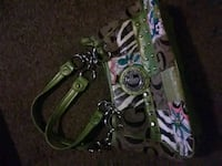 green and white leather handbag Youngstown, 44502