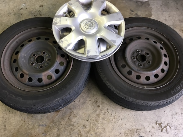 15 5x100 Toyota Corolla Steel Wheels And 195 65r15 Tires