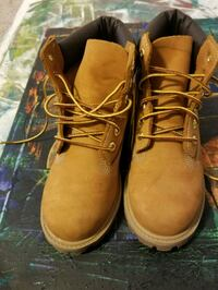 pair of brown Timberland work boots Tampa, 33610