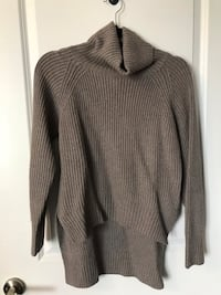 Wilfred Lin sweater xs Toronto, M9C 0B1