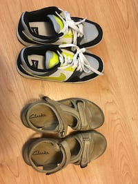 Nike and Clark shoes, size 5.5, $10 each Markham, L6G