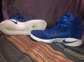 Basketball or anything shoes.! Ur welcome come get them it's new!