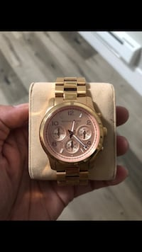 round gold Michael Kors chronograph watch with link bracelet Vancouver, V5T 2H9