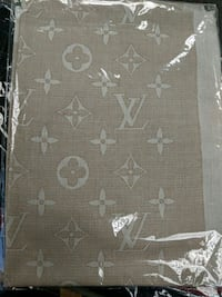 LOUIS VUTTON SCARF FOR SALE!!!!!!! Mississauga, L5M 1K8