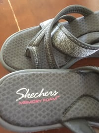 Skechers soft foam grey wedge heel sandal Surrey, V4N 0Y7