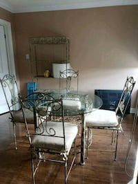 Table chairs and hutch  Toronto, M2R 3W8