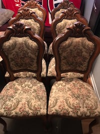 Dinning Chairs Longueuil, J4J 4T7