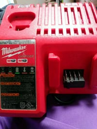 Milwaukee Charger M12 M18