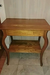 Wood Table great condition  Edmonton, T5W 1M4