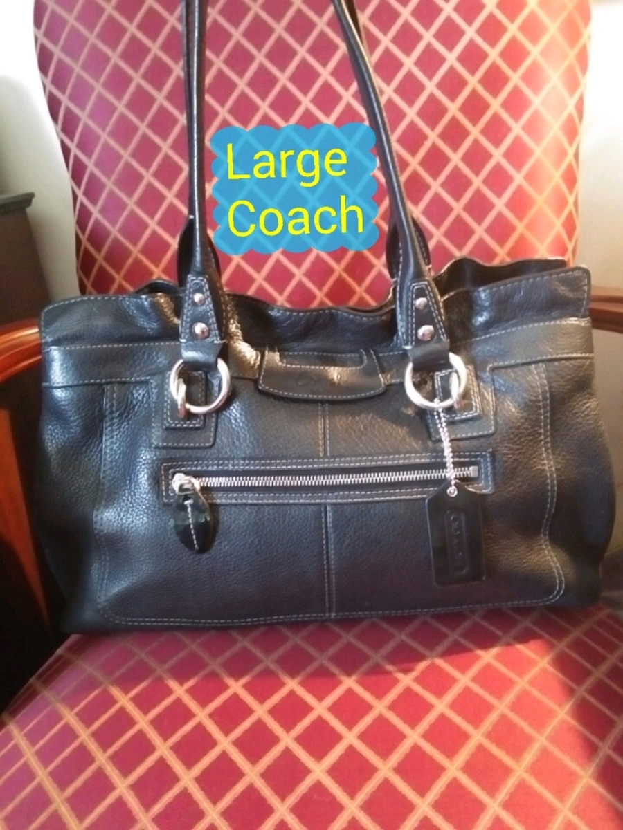 Photo Large leather Coach