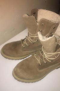 Army green timberlands/size 10 ONLY IF YOUR SERIOUS
