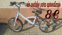 Bicicleta sin pedales ideal para aguantar equilibr Castellet y Gornal, 08729