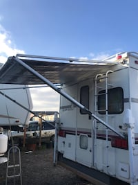 Rv Awning complete 7 foot