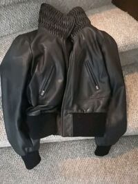 Women's leather jacket size M to large   Richmond Hill, L4C 1T7