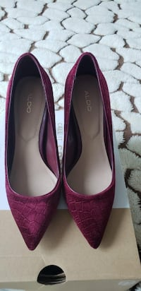 ALDO SHOES SIZE 7, WORN ONLY ONCE Brampton