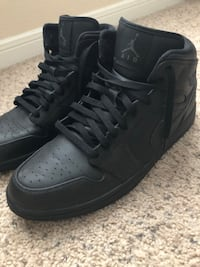 pair of black Nike Air Force 1 high shoes Humble, 77396