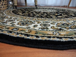 NEW Black round rug 5 ft round Traditional rugs