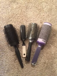 Women's four assorted hair brushes 41 km