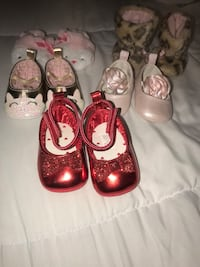 Newborn shoes  2332 mi