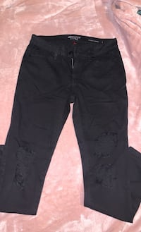 Pants Bellflower, 90706