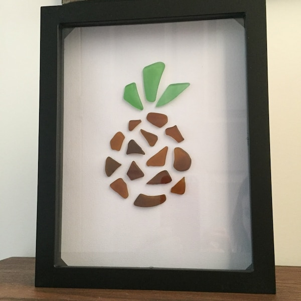 Beautiful Tropical Pineapple Sea Glass Frame