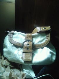 women's white and brown leather shoulder bag Eastpointe, 48021