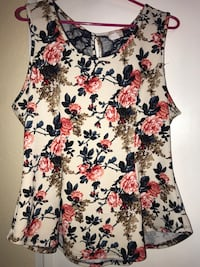 Women's white and pinkish floral sleeveless shirt Houston, 77015